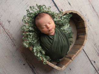 © Victoria Griest Photography   Massillon, Ohio Newborn Photographer