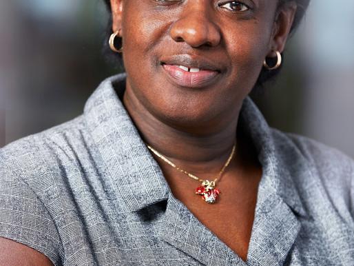 Isabelle Adjahi, Vice-présidente, Relations avec les investisseurs et développement durable