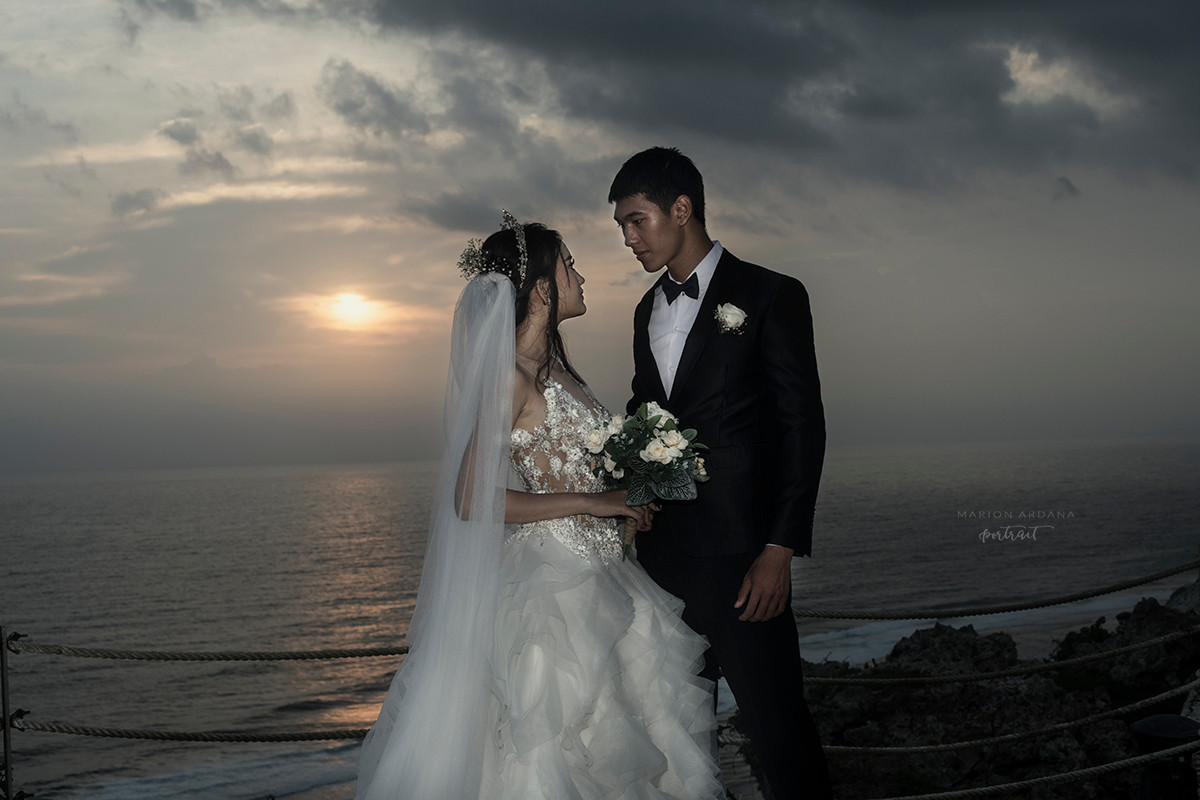 Couples Sunset Portrait Bali