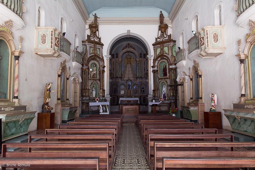 Vista para o altar da Igreja de São Gonçalo Garcia