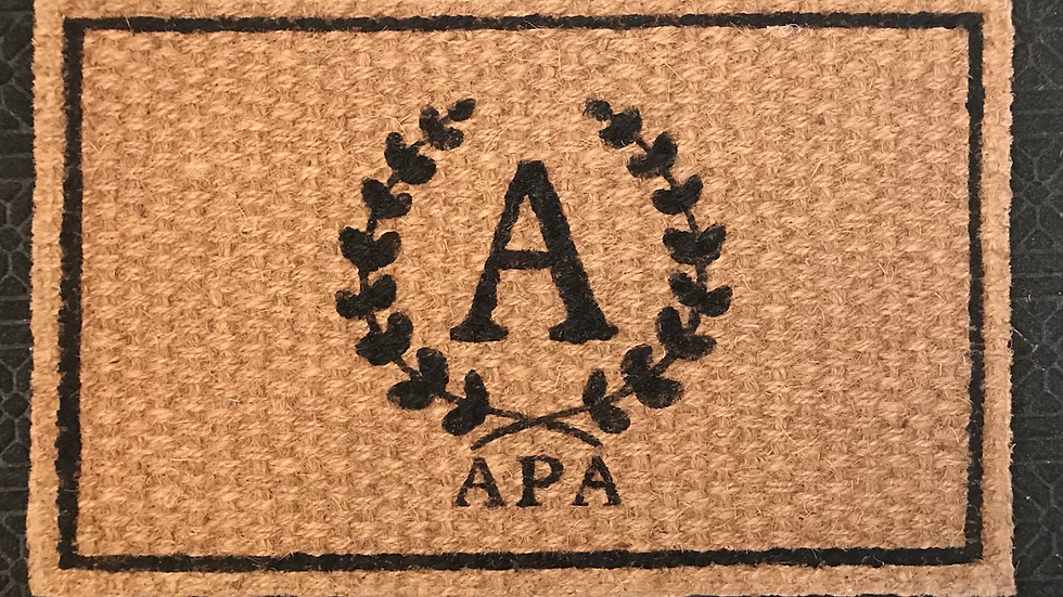 Personalized outdoor Mat with monogram Crest