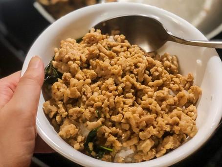 [Recipe] Spicy Thai Basil Chicken (Pad Krapow Gai)
