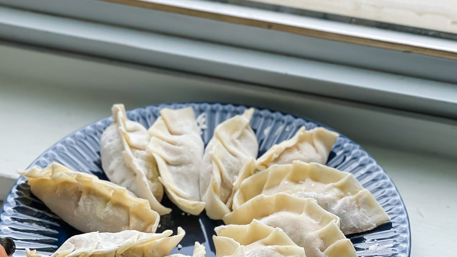 [Recipe] Pork and Cabbage/Chive Dumplings