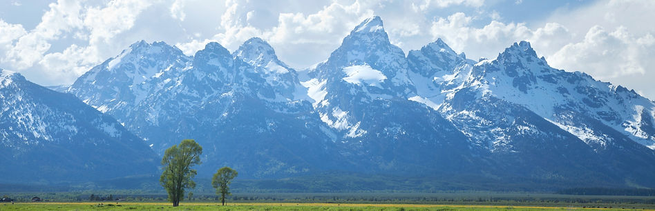 grand-teton-mountains-with-dramatic-clouds-in-afte-PCRVNXK_edited.jpg
