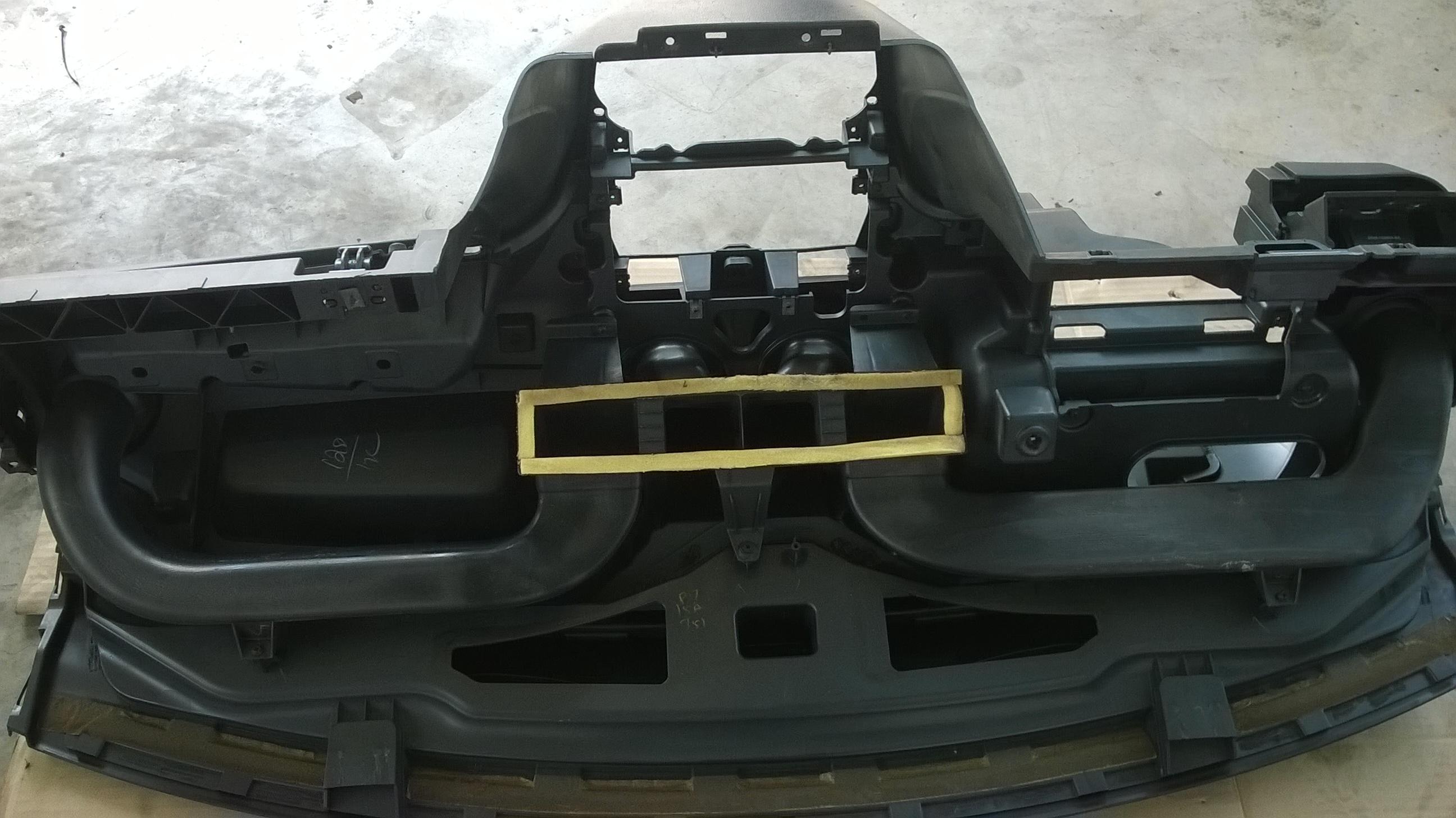 Ford Fiesta AC evaporator replacing (43)