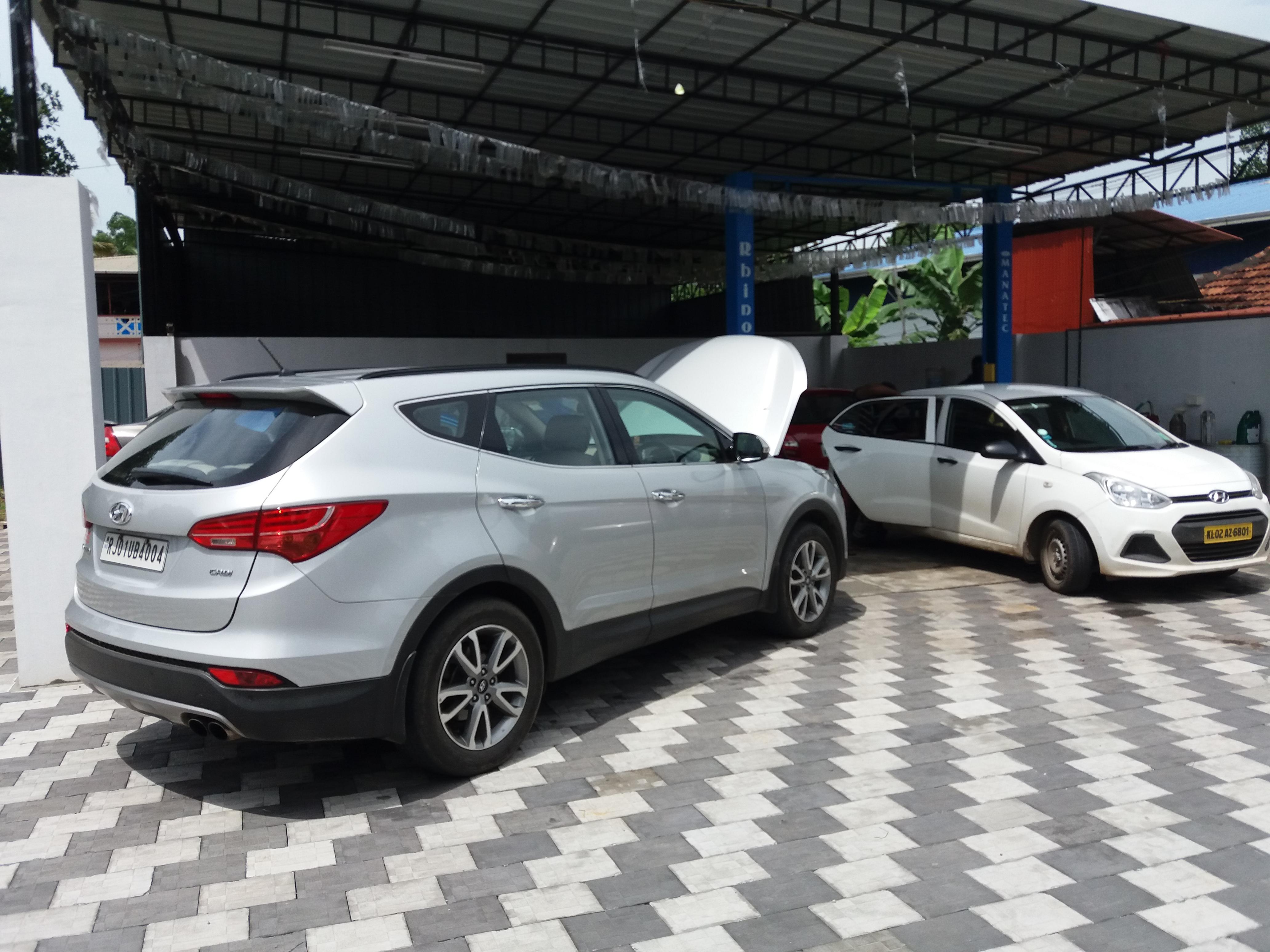 Hyundai Santafe service center in ernakulam (4)