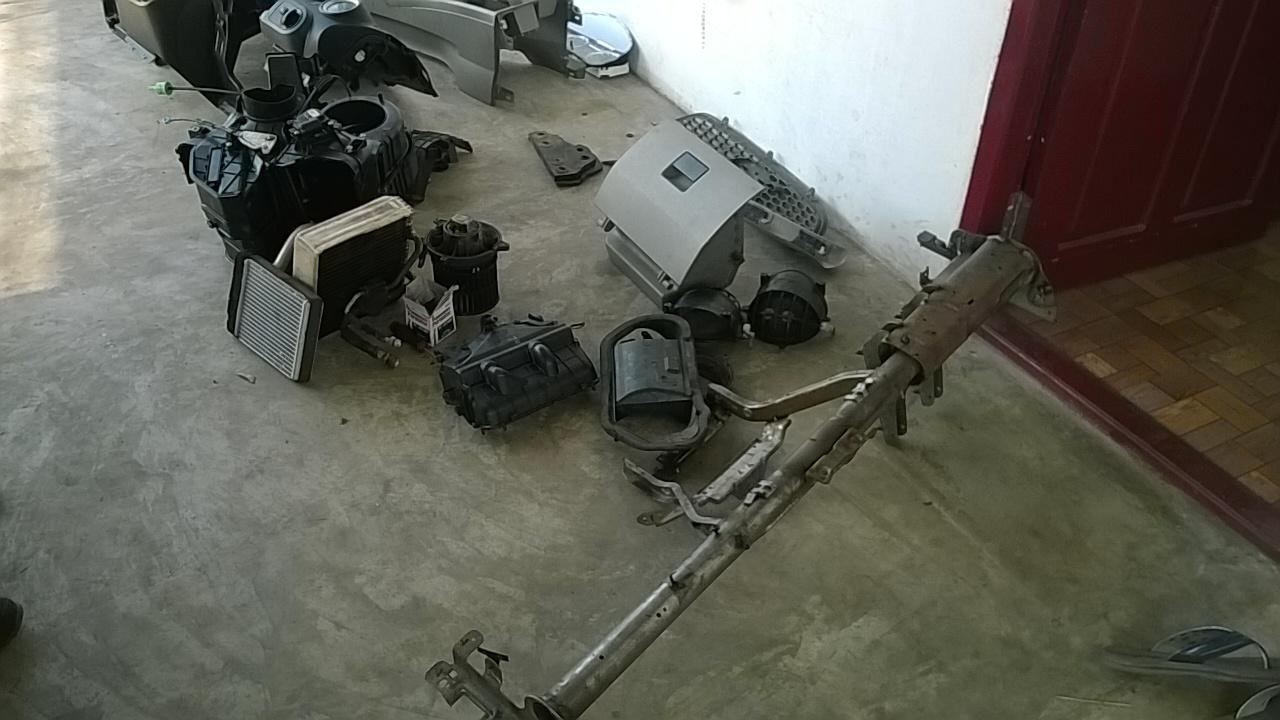Ford Fiesta AC evaporator replacing (4)