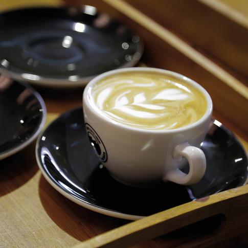 Um cappuccino com latte art