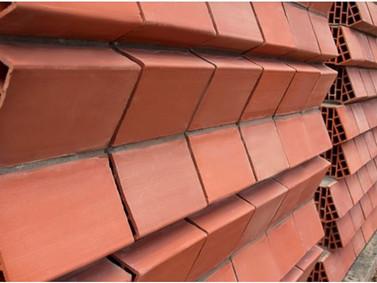 Novo modelo de tijolo funciona como isolamento acústico e dissipador de calor