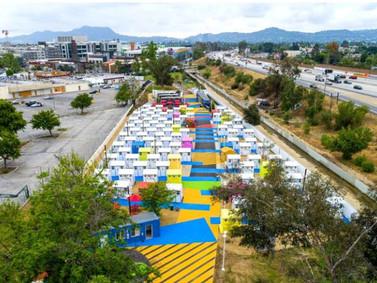 Lehrer Architects projeta micro-moradias para pessoas em situação de rua em Los Angeles EUA.