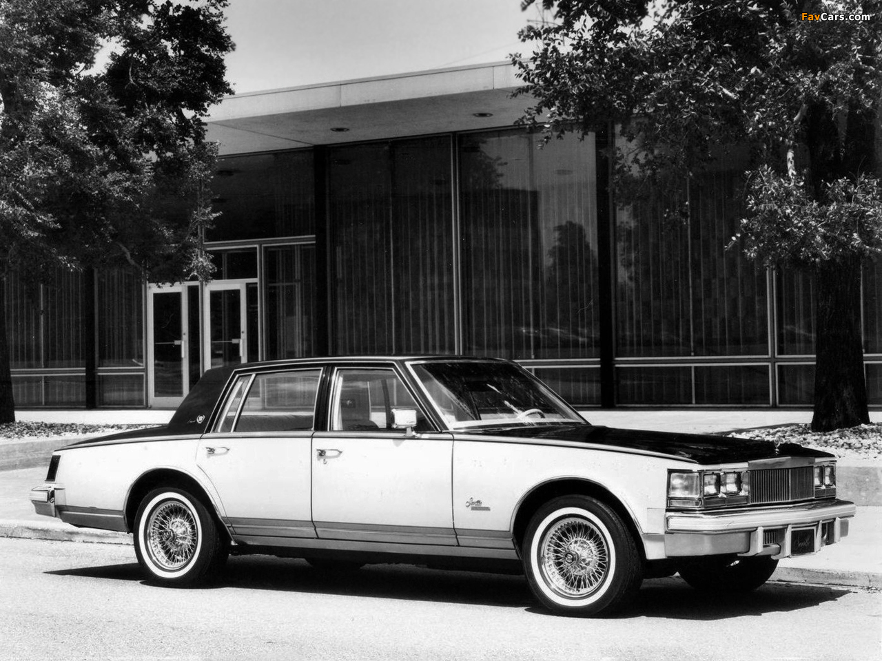 cadillac_seville_1975_photos_4.jpg
