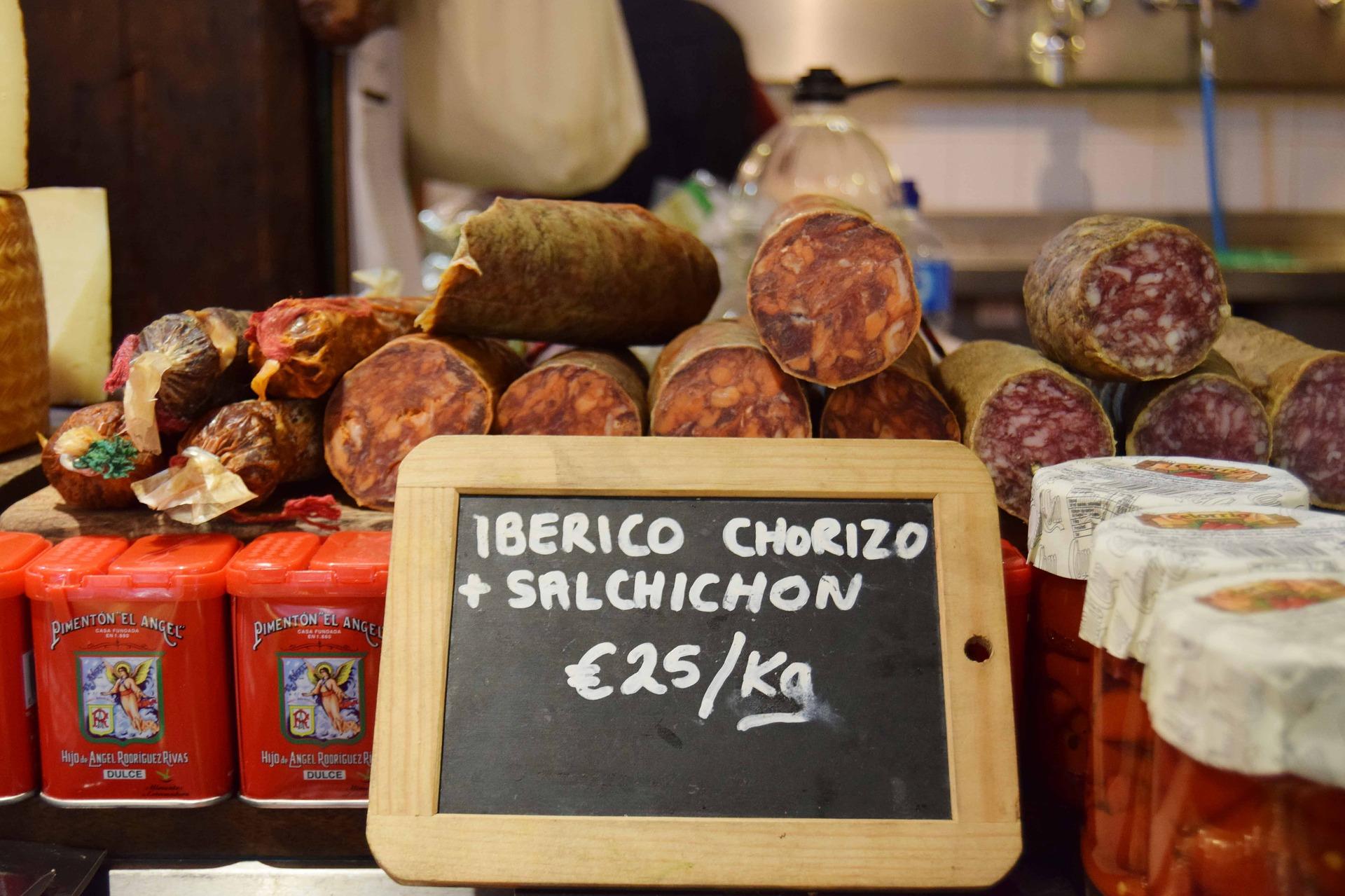 sausage-3406275_1920