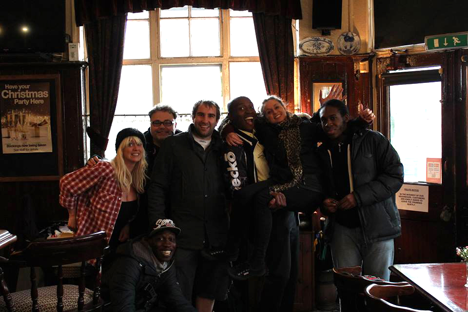"Steven J JObes with ""The Organiser Pilot"" Bar scene cast and crew"