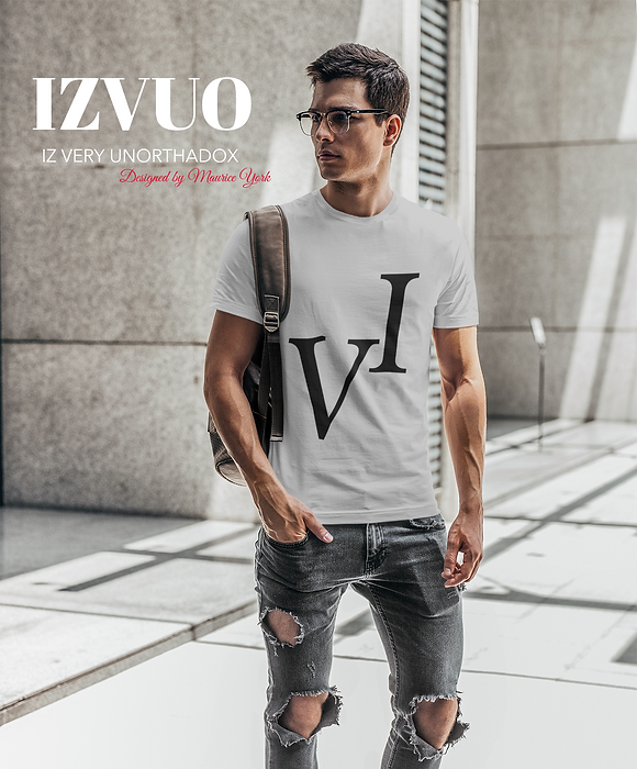 t-shirt-mockup-of-a-man-with-glasses-car