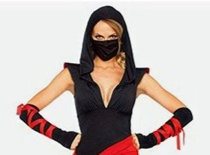 costume%20women%202_edited.jpg
