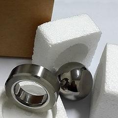 Упаковка клапанной пары в пенопластовые вкладши