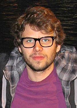 Elliott Cox Profile