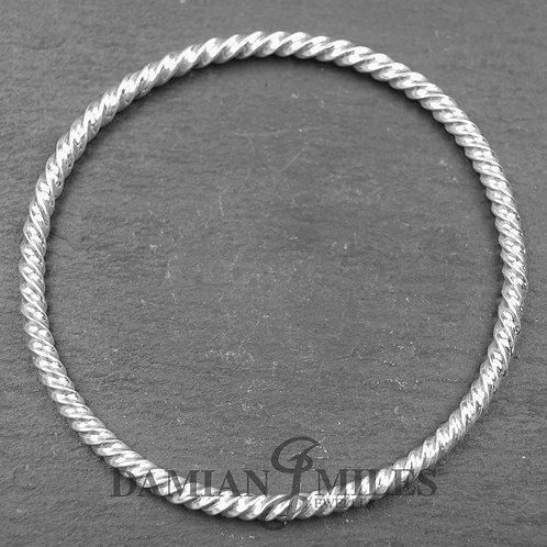Fine silver Twist bangle
