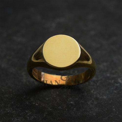 Gents round signet ring in 18ct gold.