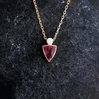 Malaya Garnet and Diamond pendant