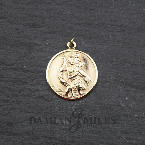 Vintage St. Christopher in 9ct gold.