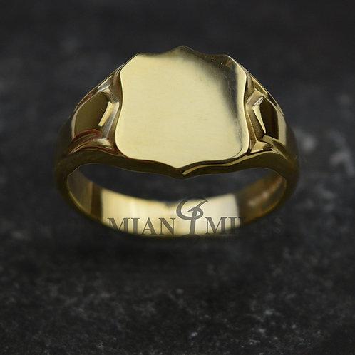 18ct Gold Shield shape signet ring.