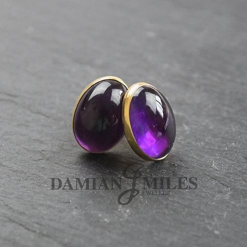 Amethyst stud earrings in 9ct gold