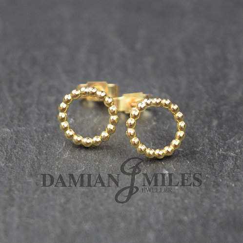 Circular Beaded stud earrings in 9ct gold.