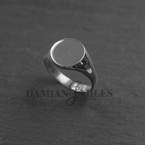 Gents, Round signet ring in Sterling Silver