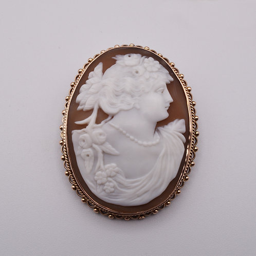 Cameo Brooch Mounted in 9ct gold.