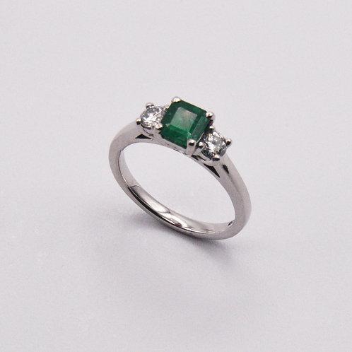 Emerald and Diamond ring in Platinum