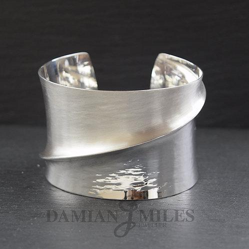 Fold Bangle in fine silver