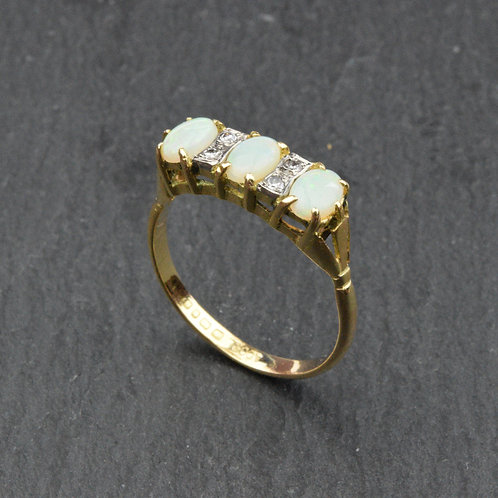Opal & Diamond Ring in 18ct gold