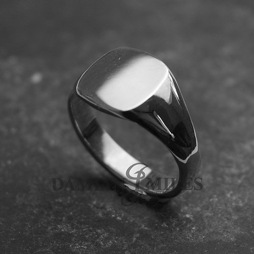 Cushion Signet Ring. Gents Sterling Silver signet ring.