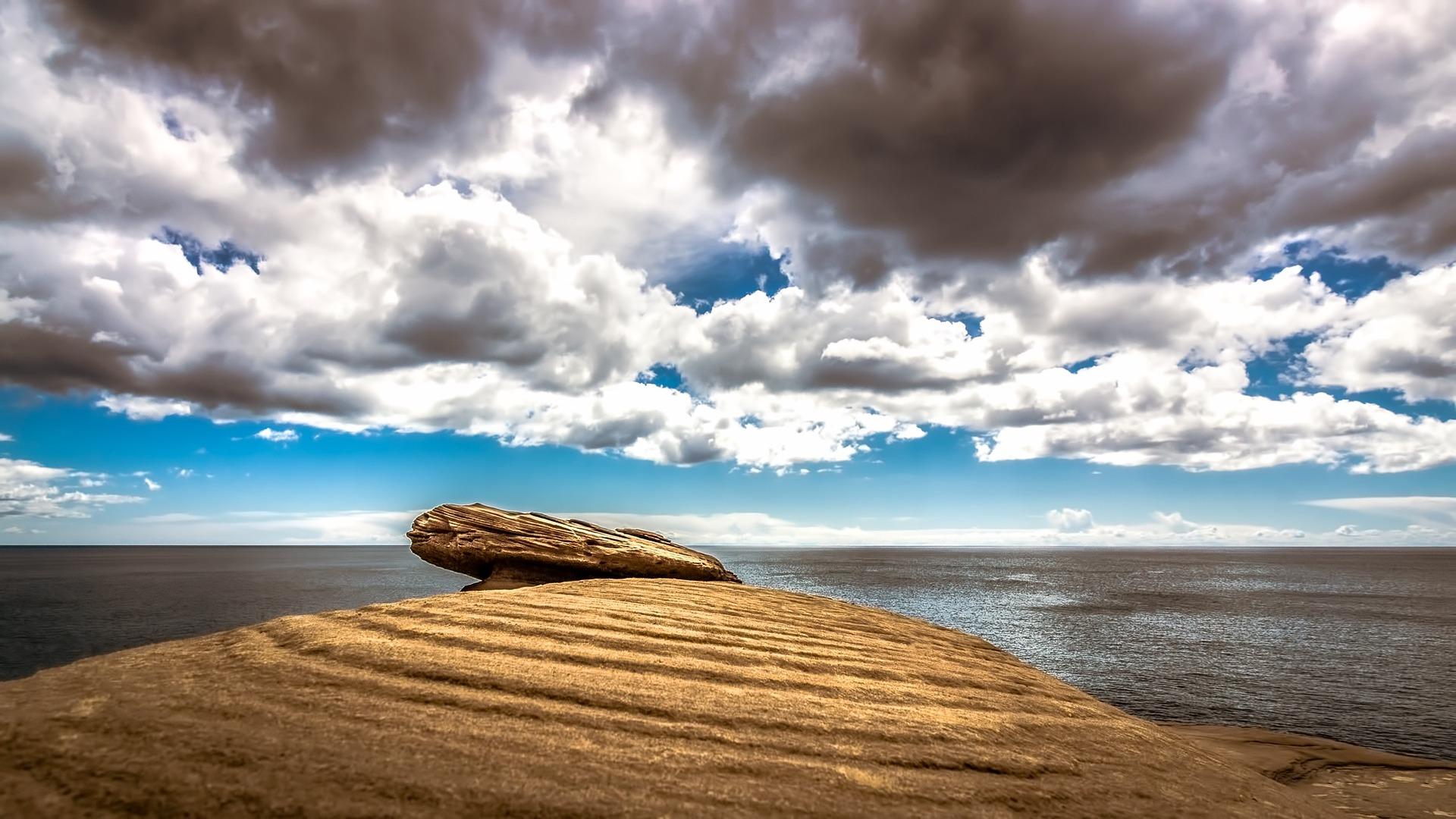 seaside-2551378_1920