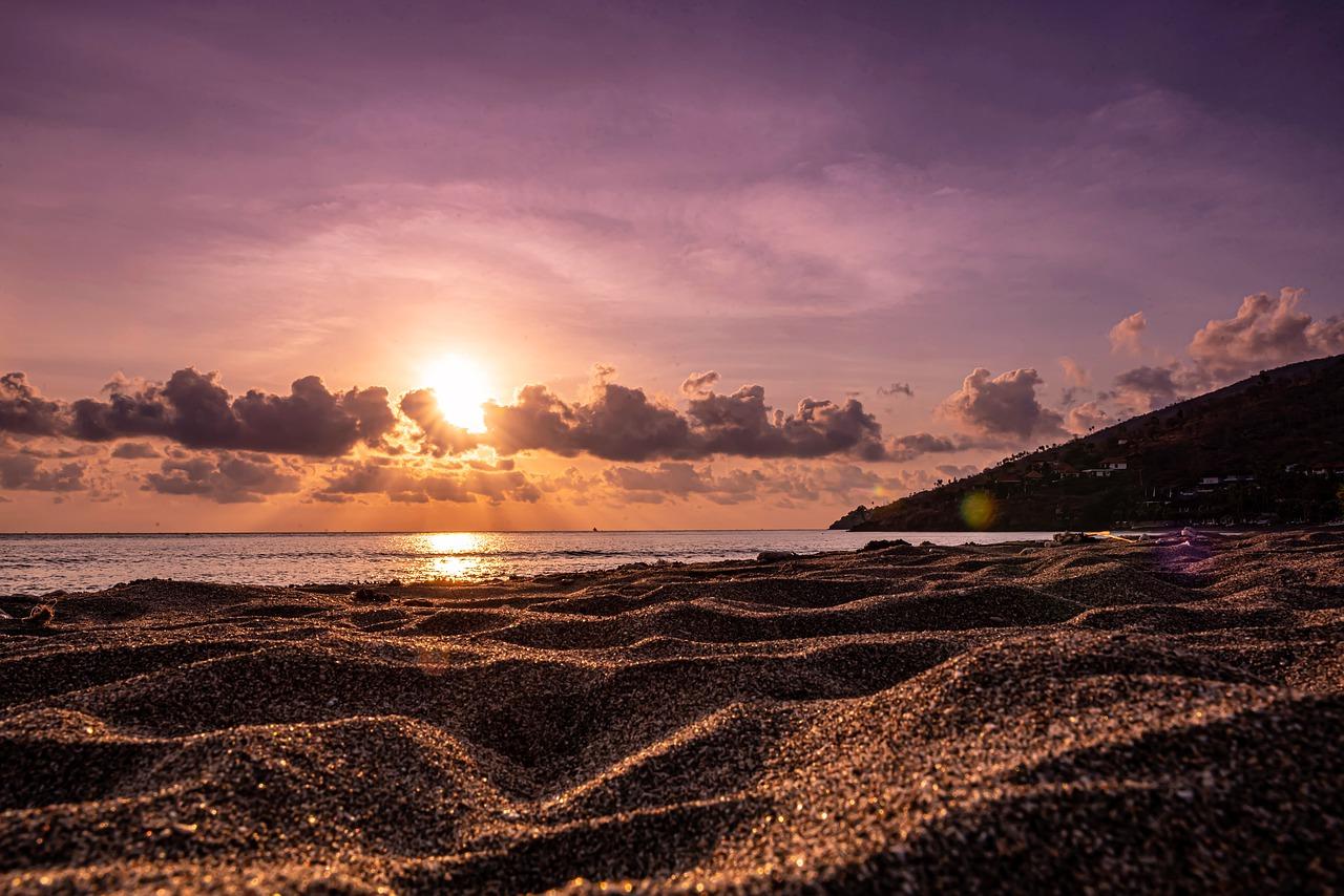 beach-4761188_1280