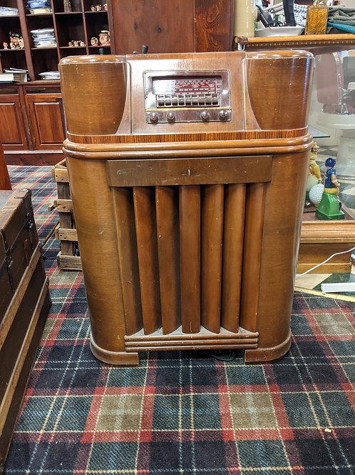 Philco 1940's Radio Box