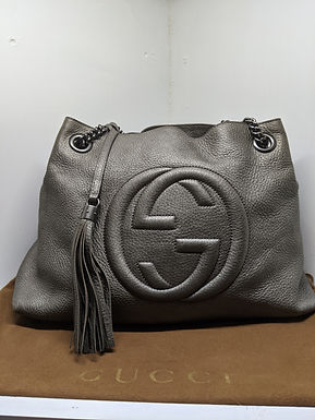 Gucci Soho Medium Shoulder Chain Bag Authentic Gray Metallic