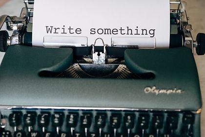 write-5243230_1920.jpg
