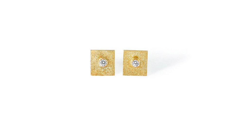 Edge Earrings Diamond