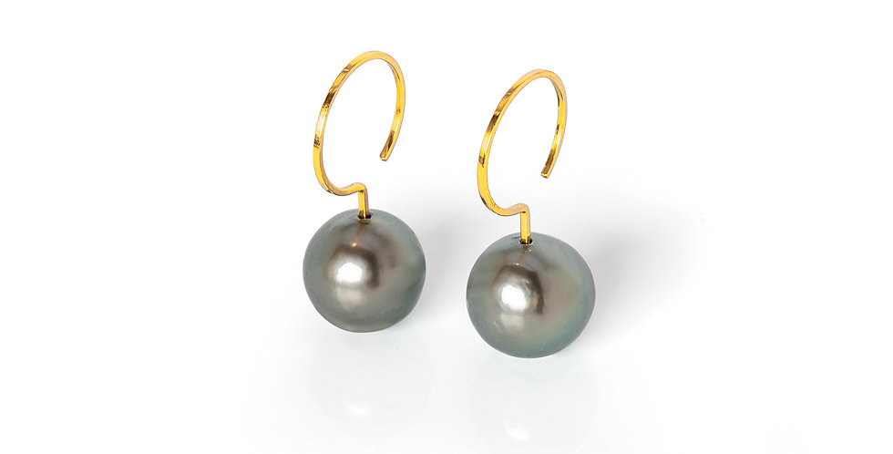 Edge Earrings Grey