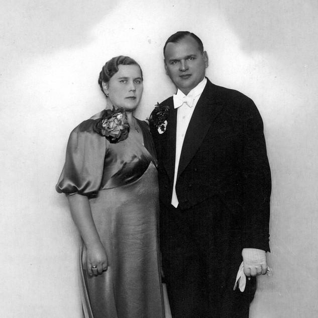 AA Anton and Helena 1936, Riga Police Ba