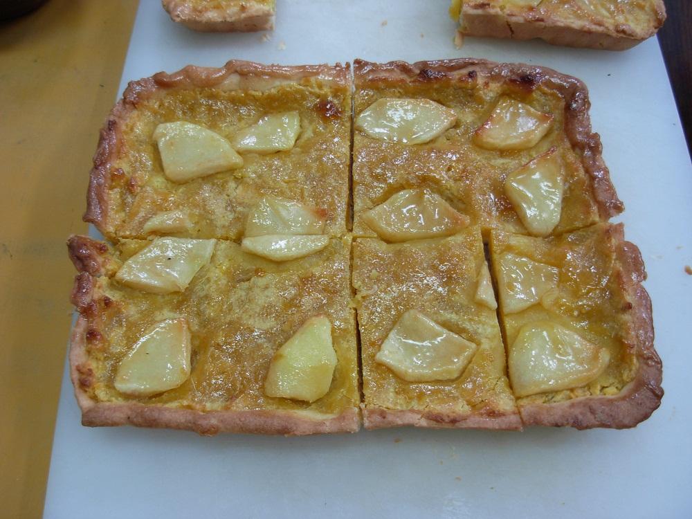 料理・リンゴとさつま芋のタルト