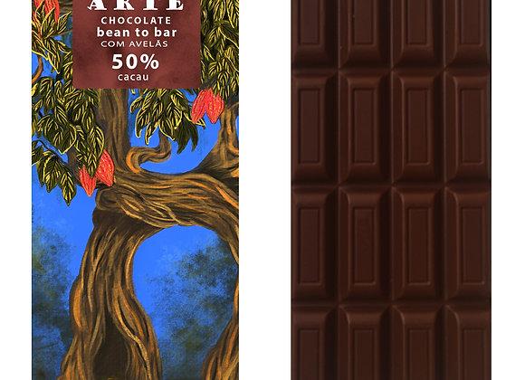 Chocolate 50% cacau e com pasta de avelã