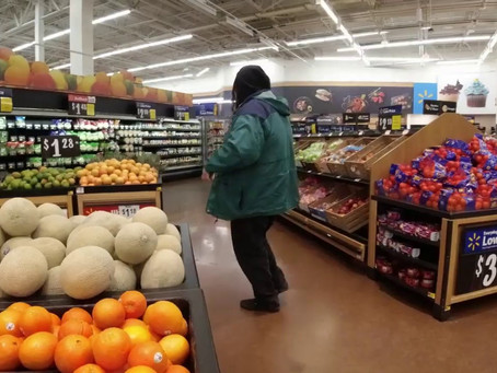 I WONDER HOW IT FEELS TO BE ALONE AT WAL-MART (Music Video) – HEPHTY