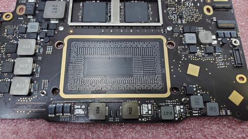 MacBook Pro 2017 A1708 CPU