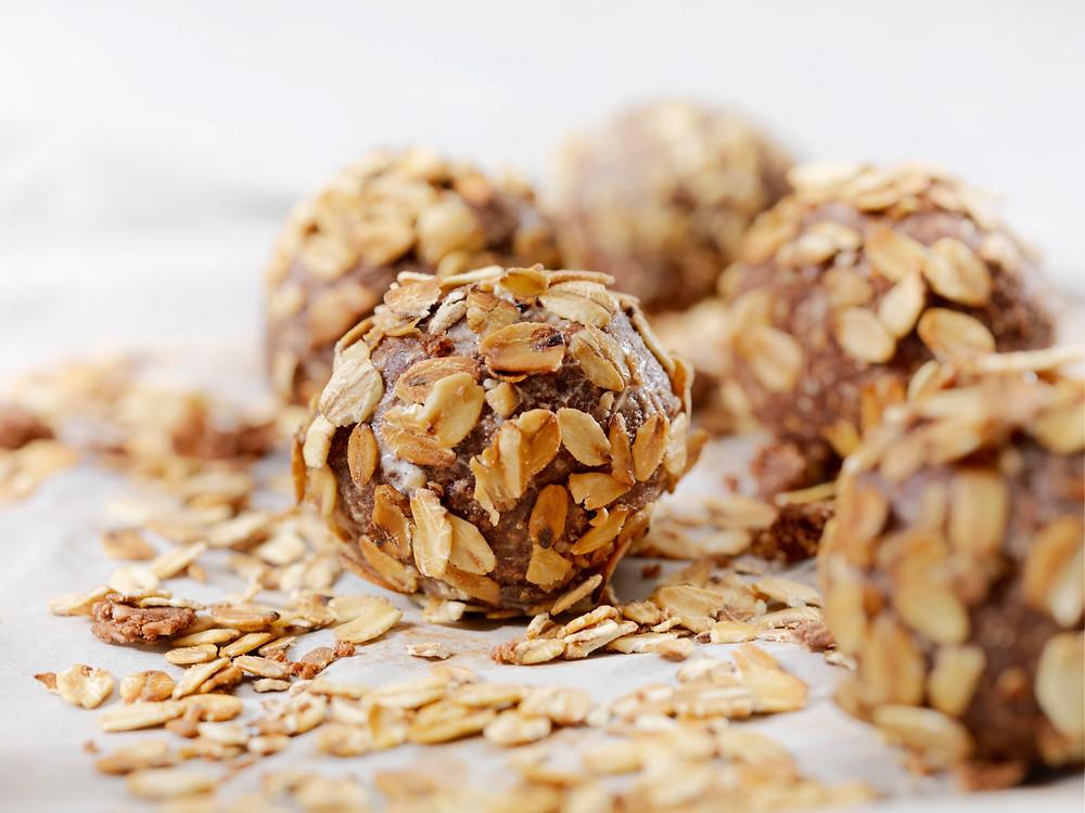 energy balls, gluten free, high protein snacks