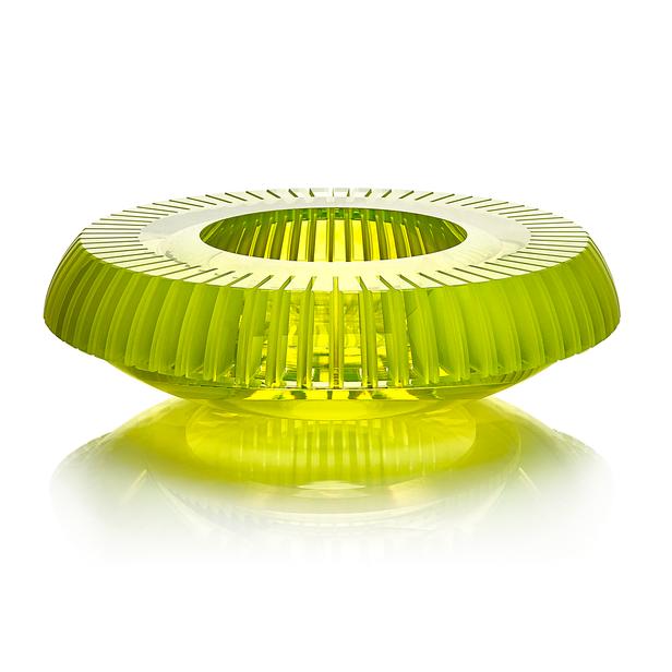 CH 1 2020 31x31x9  uranové sklo, foukané, ručně broušené, řezané, lepené