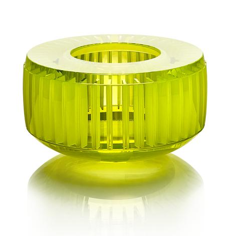 CH 3 2020 20x20x11,5  uranové sklo, foukané, ručně broušené, řezané, lepené