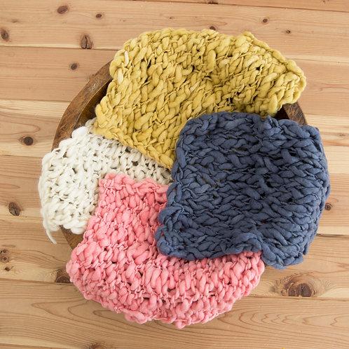 メリノウール100% 手編み角型ブラケット
